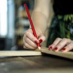 Nowe terminy warsztatów: renowacja, cyklinowanie, tapicerka i DIY z butelek