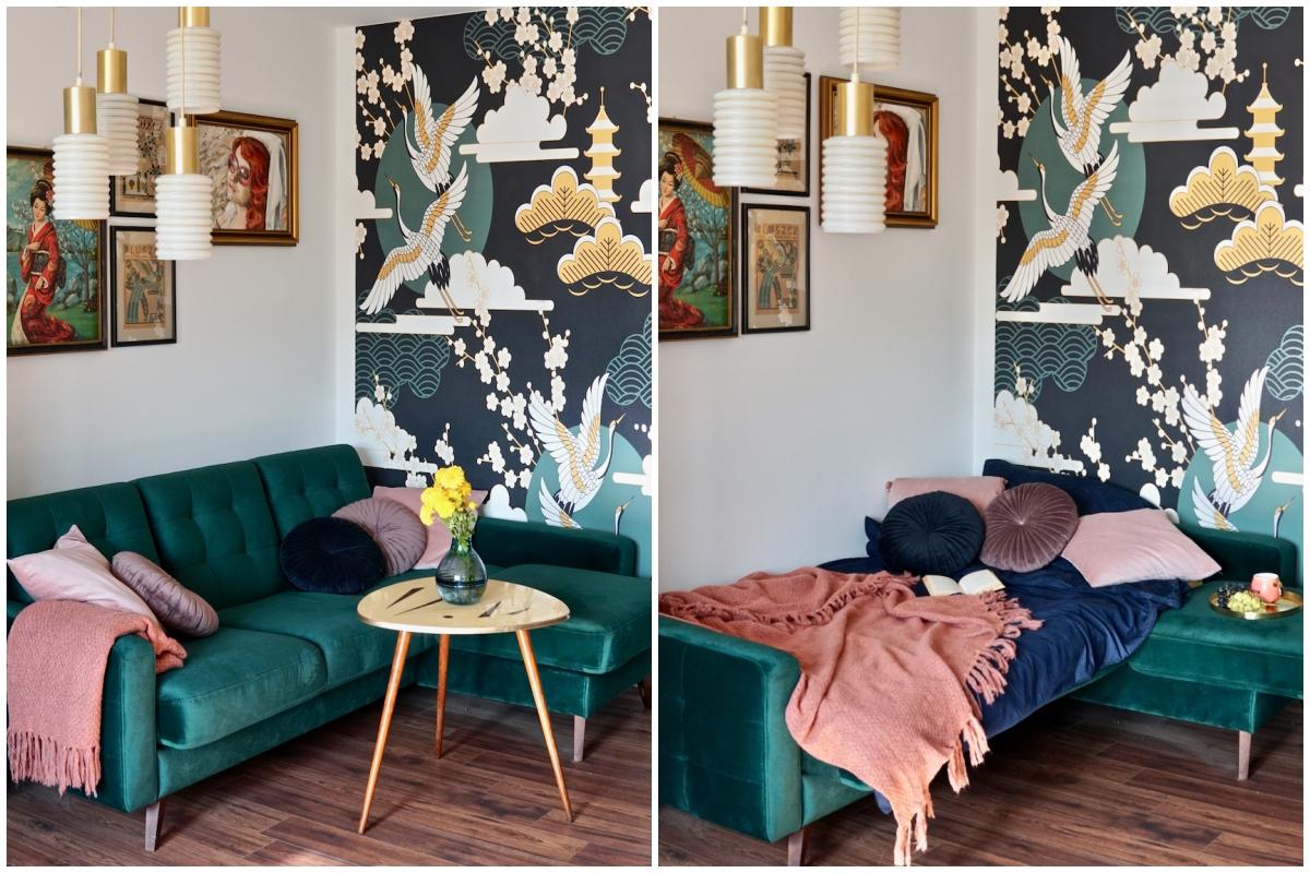 Zielona kanapa, poduszki, stolik retro z lat 6-. i tapeta w japońskie wzory - remont Majsterek kawalerki u Syliwii.